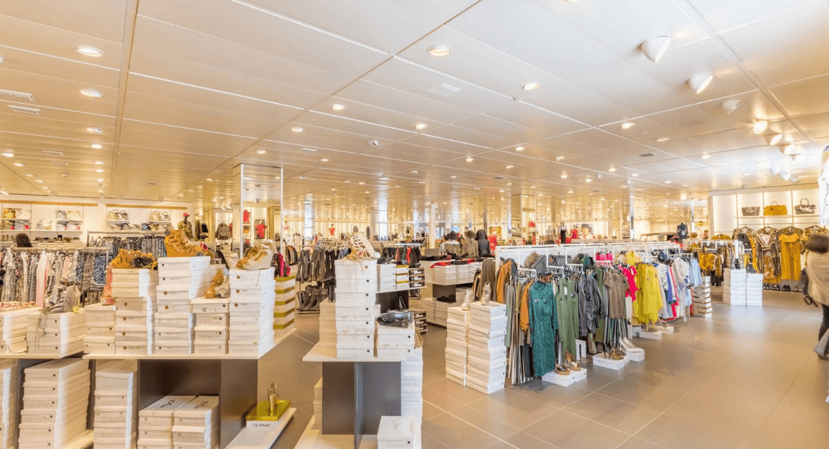 Fast Fashion Industry Statistics - Featured Image