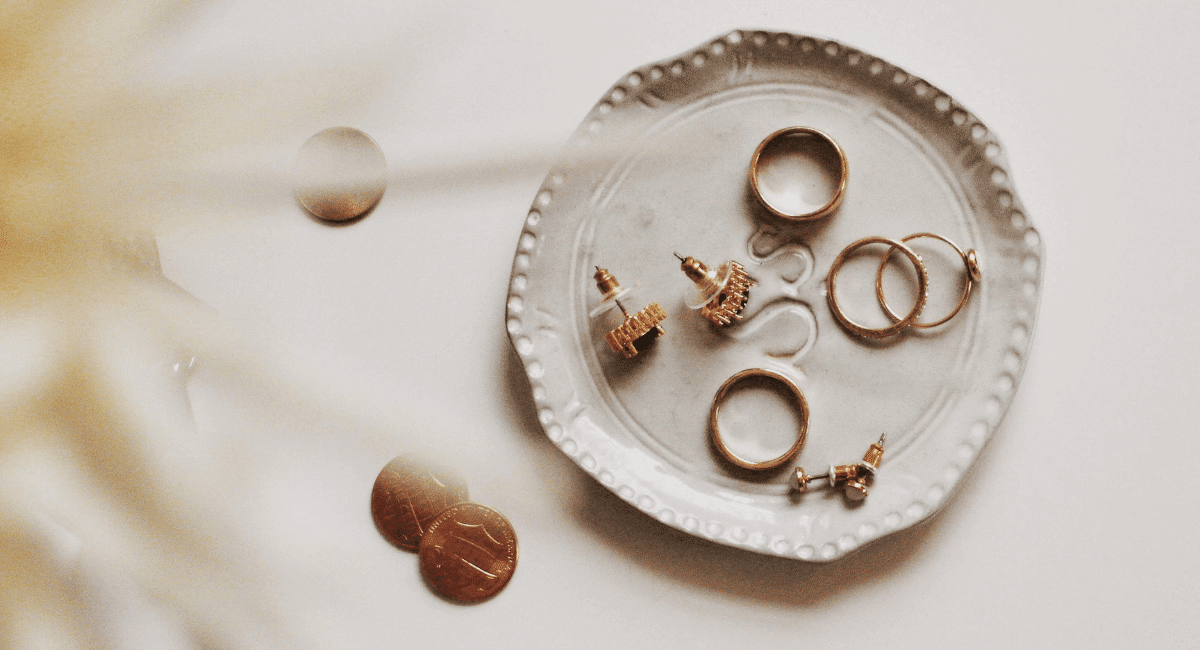 Jewellery Industry Statistics - Featured Image